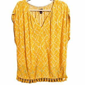 New Directions Yellow Sleeveless Tassel Top